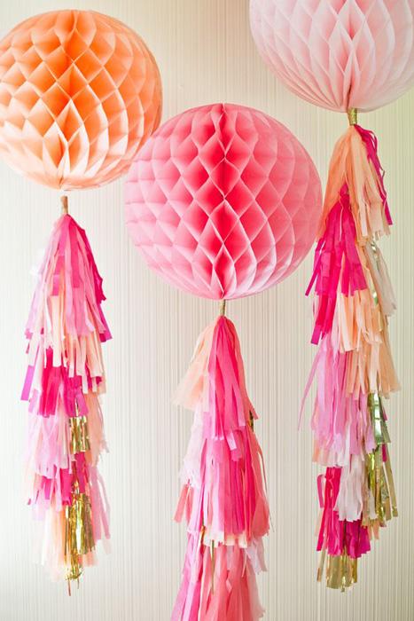 Как сделать шары соты из бумаги своими руками для украшения зала 34